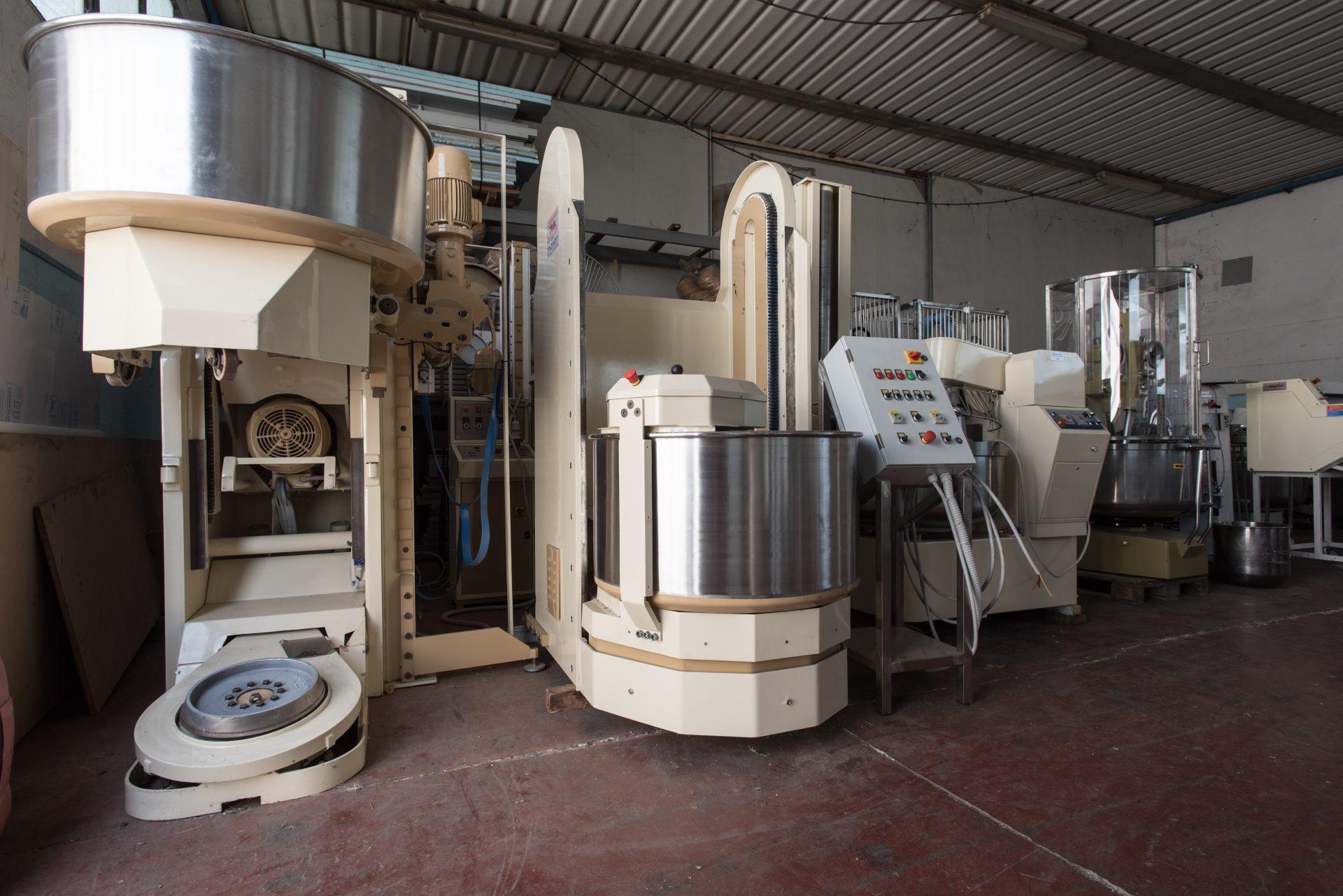 Spighi srl a Figline e Incisa Valdarno, forni e attrezzature nuove e usate.